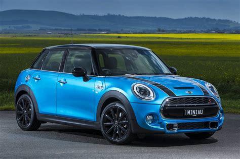 mini cars news mini  door  sale