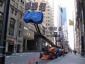File:FilmLightingEquipmentLowerBroadwayNYC060709.JPG ...