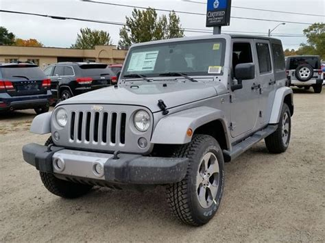 jeep front view jeep wrangler car pictures images gaddidekho com