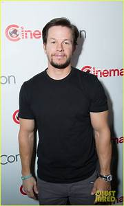 Mark Wahlberg & Peter Berg Announce Plans To Make 'Mile 22 ...