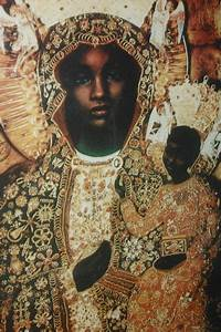 17 Best images about QUEENS OF AFRICA CROWNS OF BLACK ...