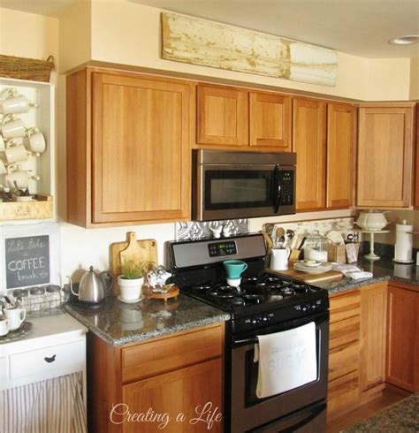 25 soffit ideas above kitchen cabinets png