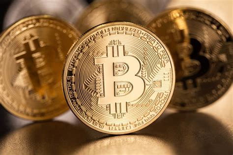 Tether bitcoin ethereum binance usd ripple cardano dogecoin ethereum classic litecoin bitcoin cash polkadot binance coin matic network usd coin chainlink weth eos sxc token stellar. Bitcoin price: What is Bitcoin and how can it make you ...