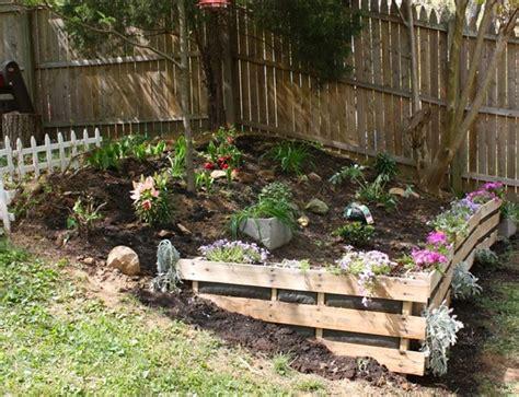 pallet garden ideas how to shimmer your pallet garden pallet furniture