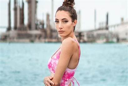 Avori Twitch Streamer Wonder Cosplay Woman Stunning