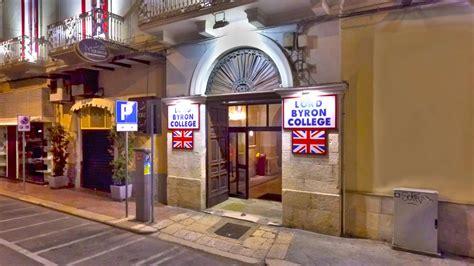 Il principe amedeo hotel, situato nel cuore di roma, è un rifugio accogliente per le persone che vogliono visitare le infinite meraviglie della città eterna. ingrsso-via-principe-amedeo - Lord Byron College