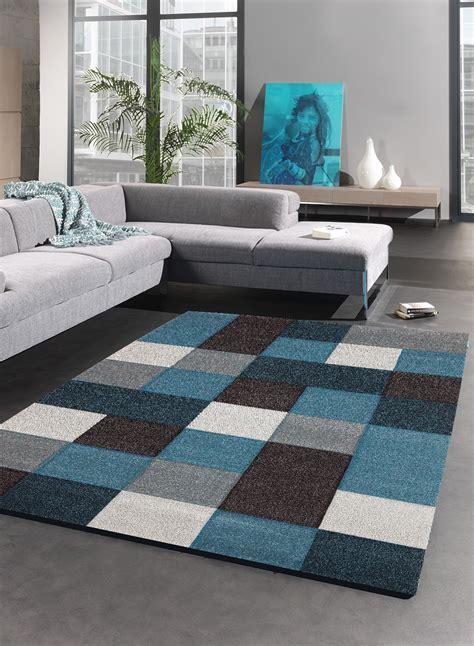 tapis brillance cube bleu de la collection unamourdetapis