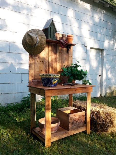 pallet wood potting bench recycled upcycled plant stand