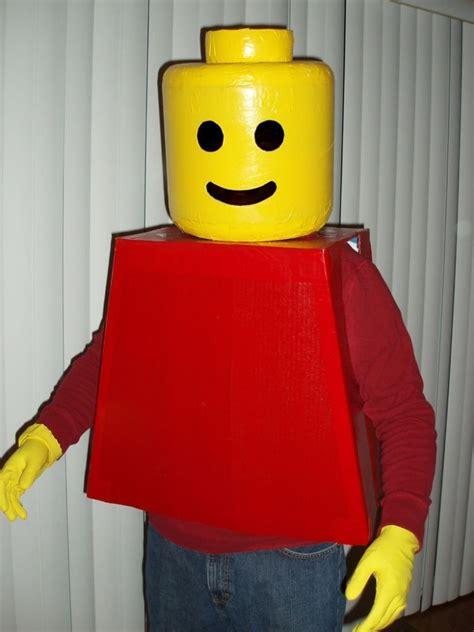 déguisement super héros et costume légo avec tête en ...