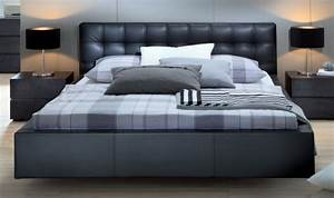 Lit King Size 180x200 : choisissez un lit en cuir pour bien meubler la chambre coucher ~ Teatrodelosmanantiales.com Idées de Décoration
