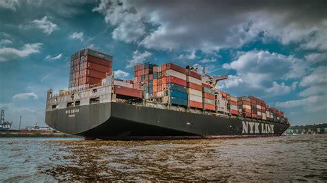 4 watchers3.2k page views89 deviations. Containerschiff auf der Elbe Foto & Bild   deutschland ...