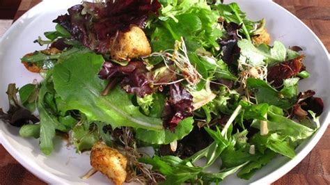 Emeril's Salad- Throw together this gorgeously green salad ...