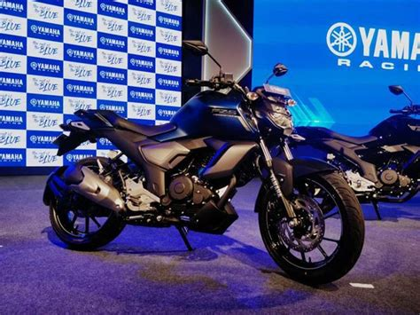 Get detailed comparison between fz s v3.0 fi and fz v3.0 fi on the basis of specifications, mileage, price & others. New 2019 Yamaha FZ, FZ-S launched: Fazer 25 and FZ 25 gets ABS - The Financial Express..