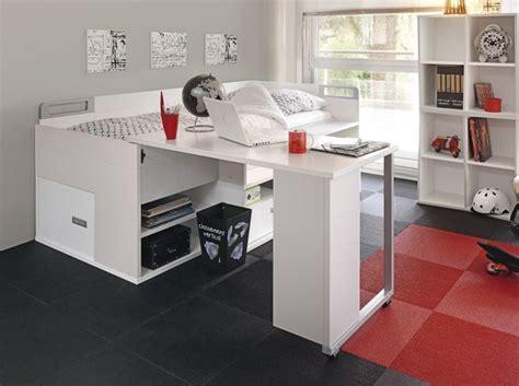lit surélevé avec bureau intégré inspiration mobilier alternative placer deux lits