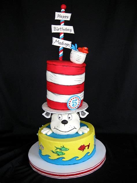 dr seuss cake 17 best images about cat in the hat on cats