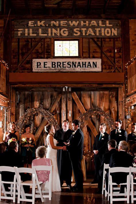 Barn Wedding Ma by Massachusetts Barn Wedding At Smith Barn Rustic Wedding Chic