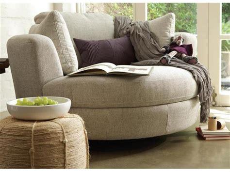 canapé arrondi design intérieurs avec un canapé arrondi un meuble pratique et