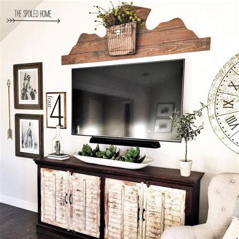 Decorating Ideas For Wall Mounted Tv by Best 25 Tv Entertainment Wall Ideas On Tv