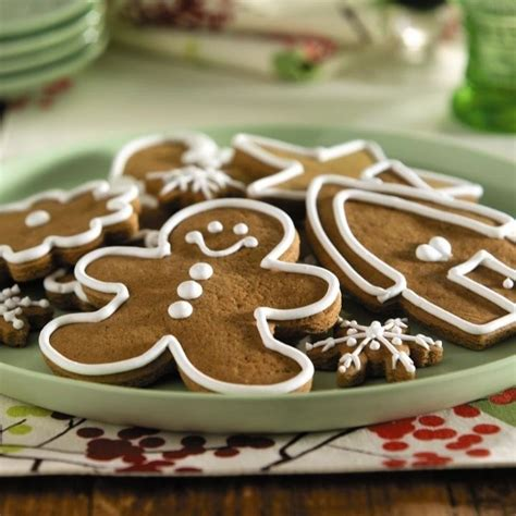 So satisfy your festive sweet tooth with some salted caramel maple pecan bars or savor some double this is the perfect recipe to make all of your favorite christmas shapes! Splenda Sugar Free Gingerbread Cookies for Christmas ...