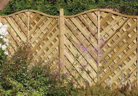 Decorative Garden Fence Panels by Attractive Patio Fence Ideas And Make Your Outdoor Space