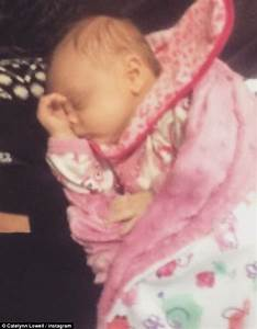 Teen Mom's Catelynn Lowell debuts first photos of daughter ...