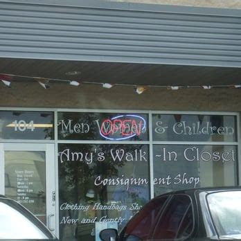 amy s walk in closet consignment shop 51 photos
