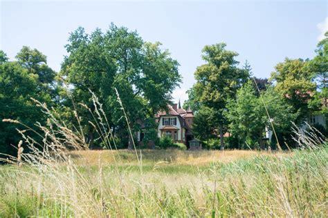 Haus Kaufen Berlin Nikolassee by Haus Burgund Eigentumswohnung In Zehlendorf Nikolassee