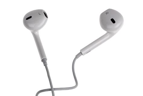 apple ear phones apple earpods with lightning connector review what hi fi