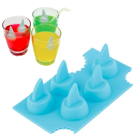 shark fin silicone ice cube tray geekswag