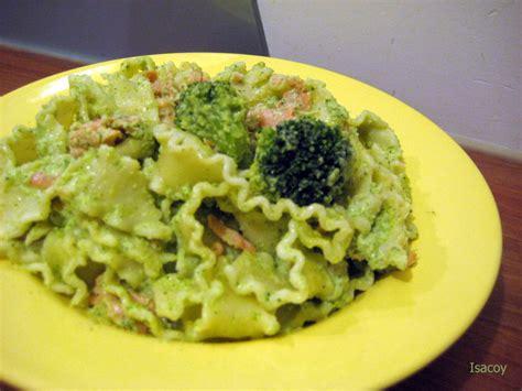 portion de pates pour 1 personne sauce mascarpone brocolis t as pas la recette