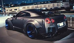 This is my dream car! Nissan GTR R35 What is yours? - 9GAG