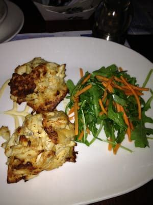 seafood chain restaurant recipes legal sea foods crab cakes