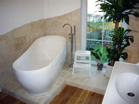 Welche Tuer Passt Zu Wanne Und Bad by Badezimmergestaltung Wie Sie Ihr Bad Im Mediterranen