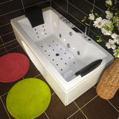 comment installer une baignoire balneo comment installer une baignoire balno stunning si le sol nuest pas plan rattrapez le niveau en
