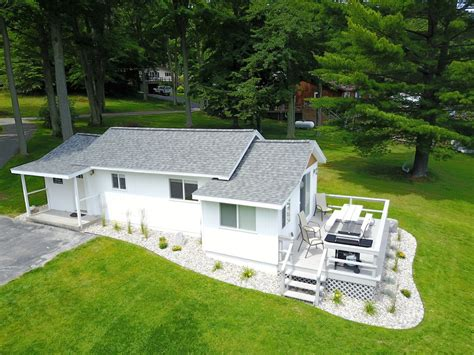 Grace Landing Cottages With Stunning ...