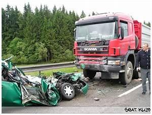 Accident De Voitures : accidents ~ Medecine-chirurgie-esthetiques.com Avis de Voitures