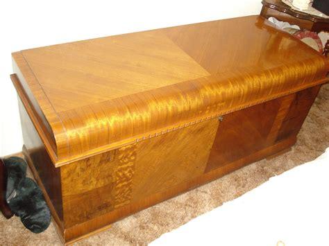 antique ls for sale antique lane hope chest for sale antiques com classifieds