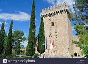 Torre Del Castillo Hotel Parador  Alarc U00f3n  Provincia De Cuenca  Castilla