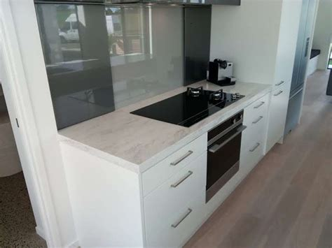 Kitchen Bench Repairs Auckland by Corian Kitchen Benchtop Raincloud Platinum Benchtops