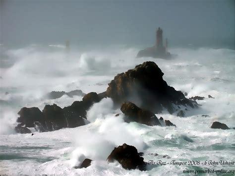 tempest in lighthouse phare faro finis