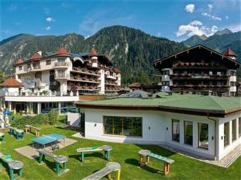 Best Price Fun And Spa Hotel Strass Mayrhofen Reviews