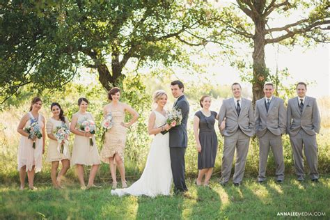 12012 country wedding photography poses country wedding photography poses graphy poses