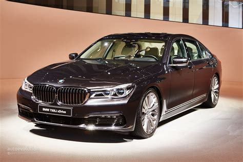 2016 Bmw 7 Series Shows Up In The Metal At Frankfurt