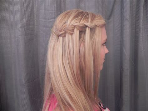 22 Stunning Hairstyles Ideas For This Summer To Look