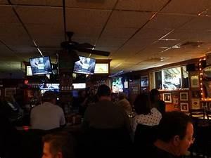 Charlie S Bar Restaurant 39 Photos 145 Reviews