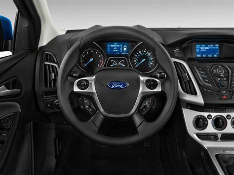 image  ford focus dr hb se steering wheel size