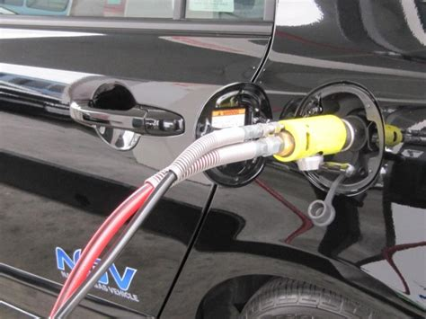 Chrysler To Join Honda In Selling Natural-gas Cars...in 2017