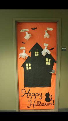 college dorm room halloween door decorating crafts pinterest dorm halloween dorm  dorm