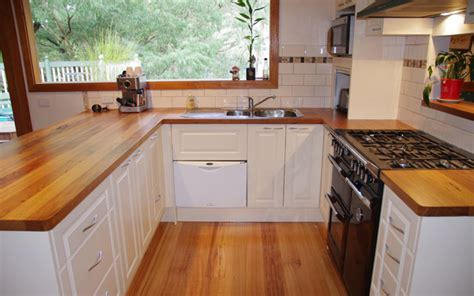 Facelift Your Kitchen With New Bench Tops, Doors And