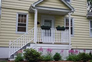 In the Little Yellow House: Front Porch Plants